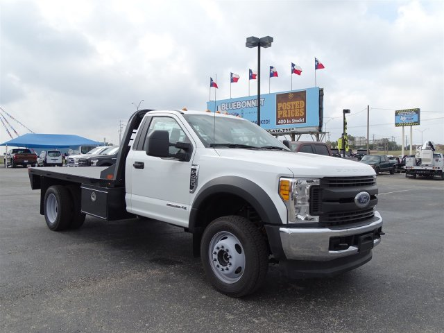 2017 F-450 Regular Cab DRW 4x4 Flatbed #TED32800 - photo 3