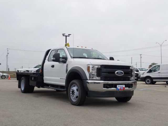 2019 Ford F-550 Super Cab DRW 4x4, CM Truck Beds RD Model Flatbed #TED67916 - photo 1