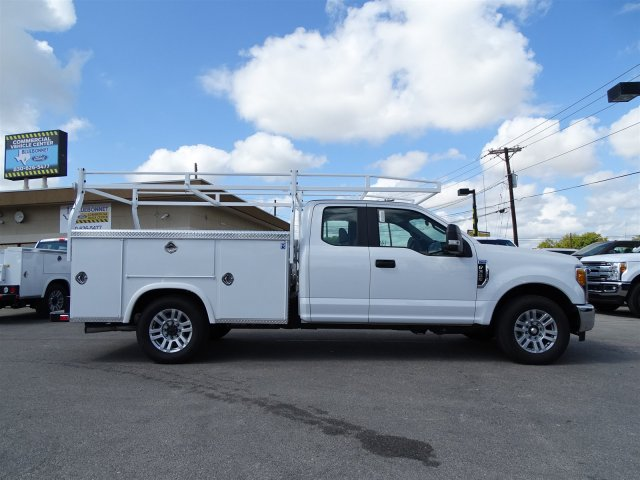 2017 F-350 Super Cab Service Body #TEE07777 - photo 4