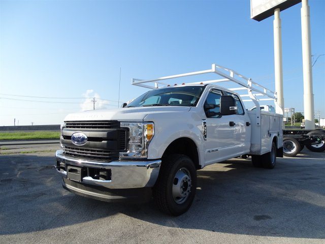 2017 F-350 Crew Cab DRW 4x4, Royal Service Body #TEE36076 - photo 4