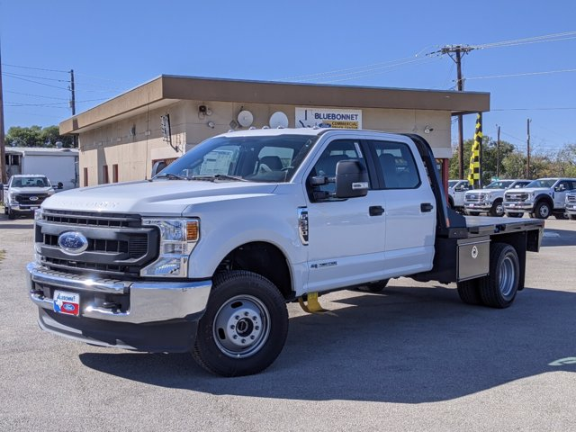 2020 Ford F-350 Crew Cab DRW 4x4, CM Truck Beds Platform Body #TEE53307 - photo 1