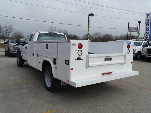 2017 F-550 Super Cab DRW 4x4, Service Body #TEE59158 - photo 6