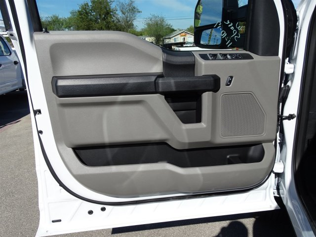 2017 F-250 Crew Cab 4x4 Service Body #TEE95382 - photo 11