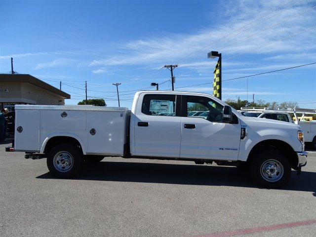 2017 F-250 Crew Cab 4x4 Service Body #TEE95382 - photo 4