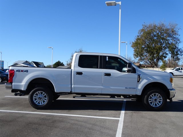 2017 F-250 Crew Cab 4x4 Pickup #TEF47291 - photo 3