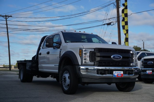 2019 Ford F-550 Crew Cab DRW 4x2, CM Truck Beds RD Model Flatbed #TEF61781 - photo 3