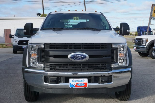 2019 Ford F-550 Crew Cab DRW 4x2, CM Truck Beds RD Model Flatbed #TEF61781 - photo 8