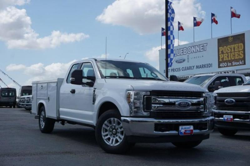 Bluebonnet Ford | Commercial Work Trucks and Vans