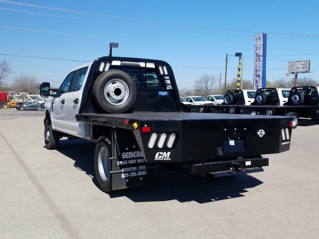 2019 Ford F-350 Crew Cab DRW 4x4, CM Truck Beds RD Model Flatbed #TEF85618 - photo 6