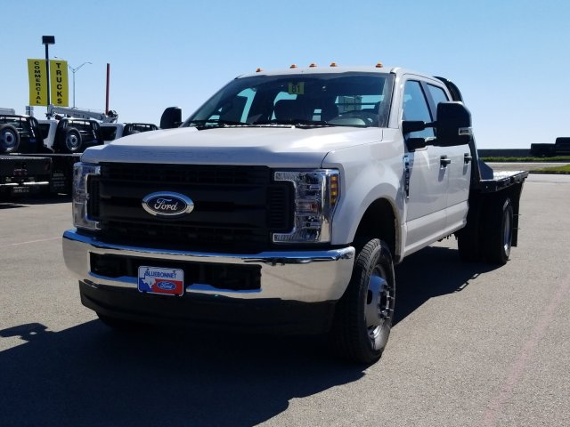 2019 Ford F-350 Crew Cab DRW 4x4, CM Truck Beds RD Model Flatbed #TEF85618 - photo 8