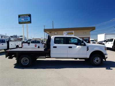 2019 Ford F-350 Crew Cab DRW 4x4, CM Truck Beds RD Model Flatbed #TEF85618 - photo 4