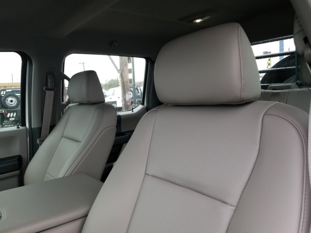 2019 Ford F-550 Crew Cab DRW 4x4, CM Truck Beds RD Model Flatbed #TEG58301 - photo 11