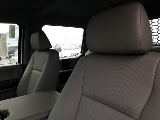 2019 Ford F-550 Crew Cab DRW 4x4, General Truck Body Gooseneck Flatbed #TEG58305 - photo 12