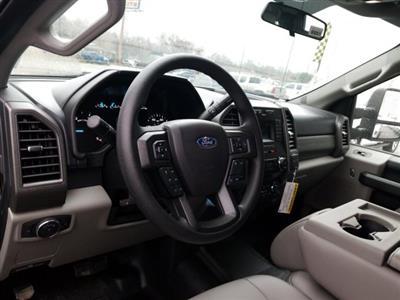 2019 Ford F-550 Crew Cab DRW 4x4, General Truck Body Gooseneck Flatbed #TEG58305 - photo 11