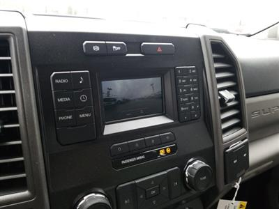 2019 Ford F-550 Crew Cab DRW 4x4, General Truck Body Gooseneck Flatbed #TEG58305 - photo 18