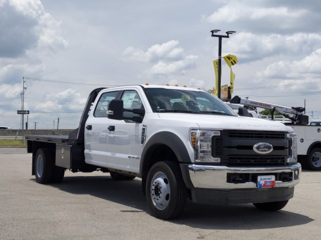 2019 Ford F-450 Crew Cab DRW 4x4, CM Truck Beds RD Model Flatbed #TEG80238 - photo 1