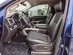 2017 Nissan Titan Crew Cab 4x4, Pickup #UN536125 - photo 10