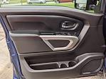 2017 Nissan Titan Crew Cab 4x4, Pickup #UN536125 - photo 12