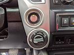 2017 Nissan Titan Crew Cab 4x4, Pickup #UN536125 - photo 25