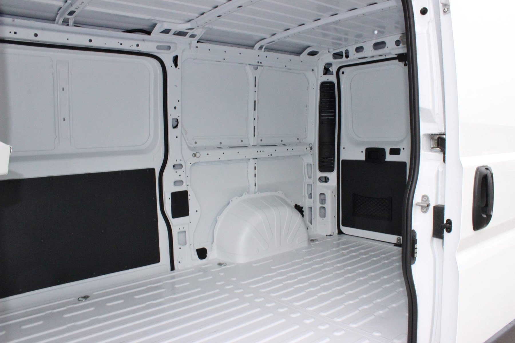 2018 ProMaster 1500 Standard Roof,  Empty Cargo Van #SE105957 - photo 12