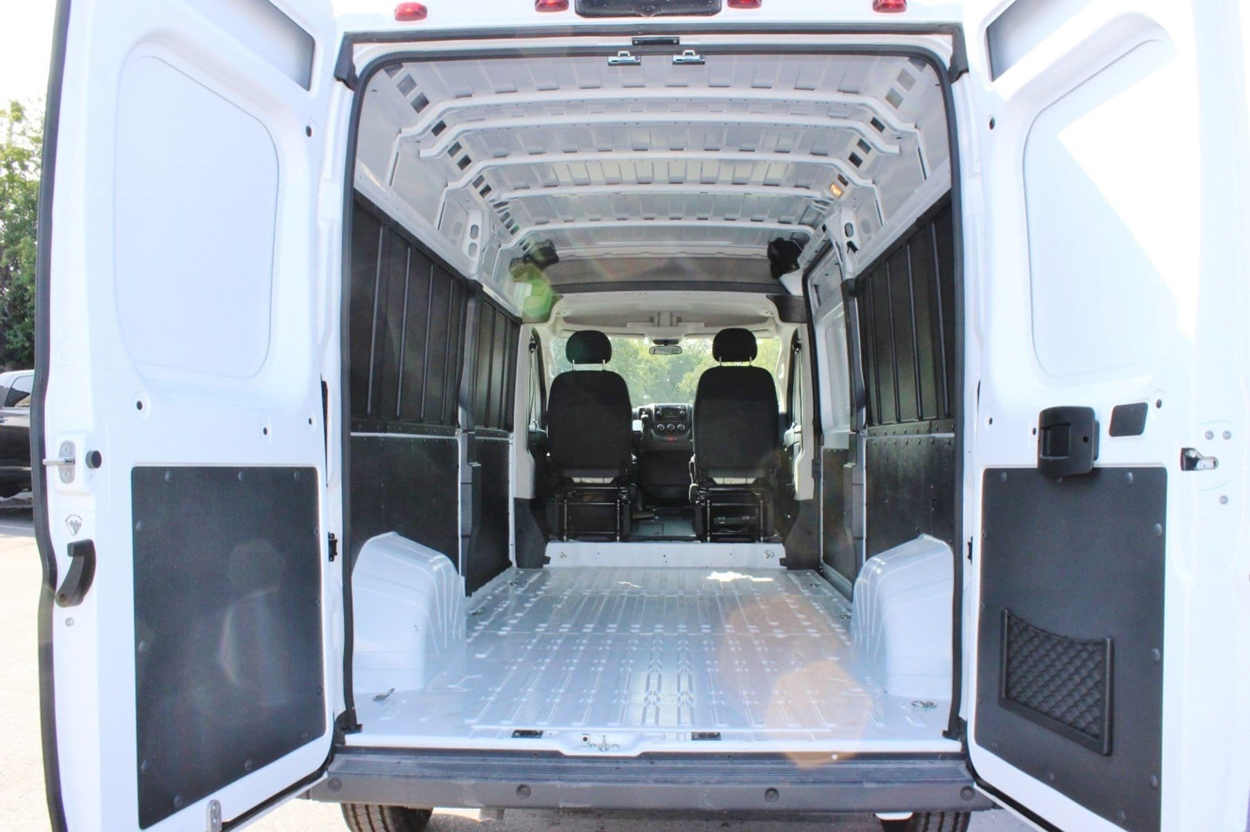 2018 ProMaster 2500 High Roof,  Empty Cargo Van #SE106098 - photo 2