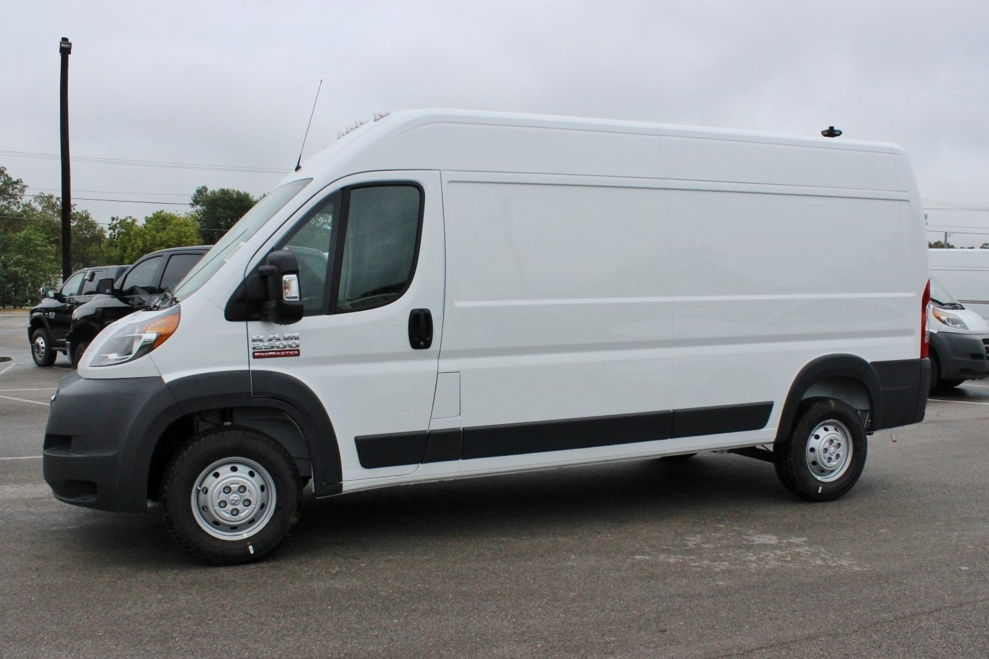 2018 ProMaster 2500 High Roof,  Empty Cargo Van #SE108047 - photo 3