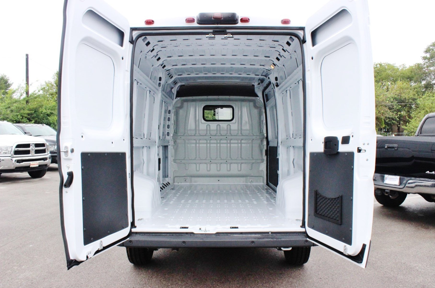 2018 ProMaster 2500 High Roof,  Empty Cargo Van #SE108047 - photo 2