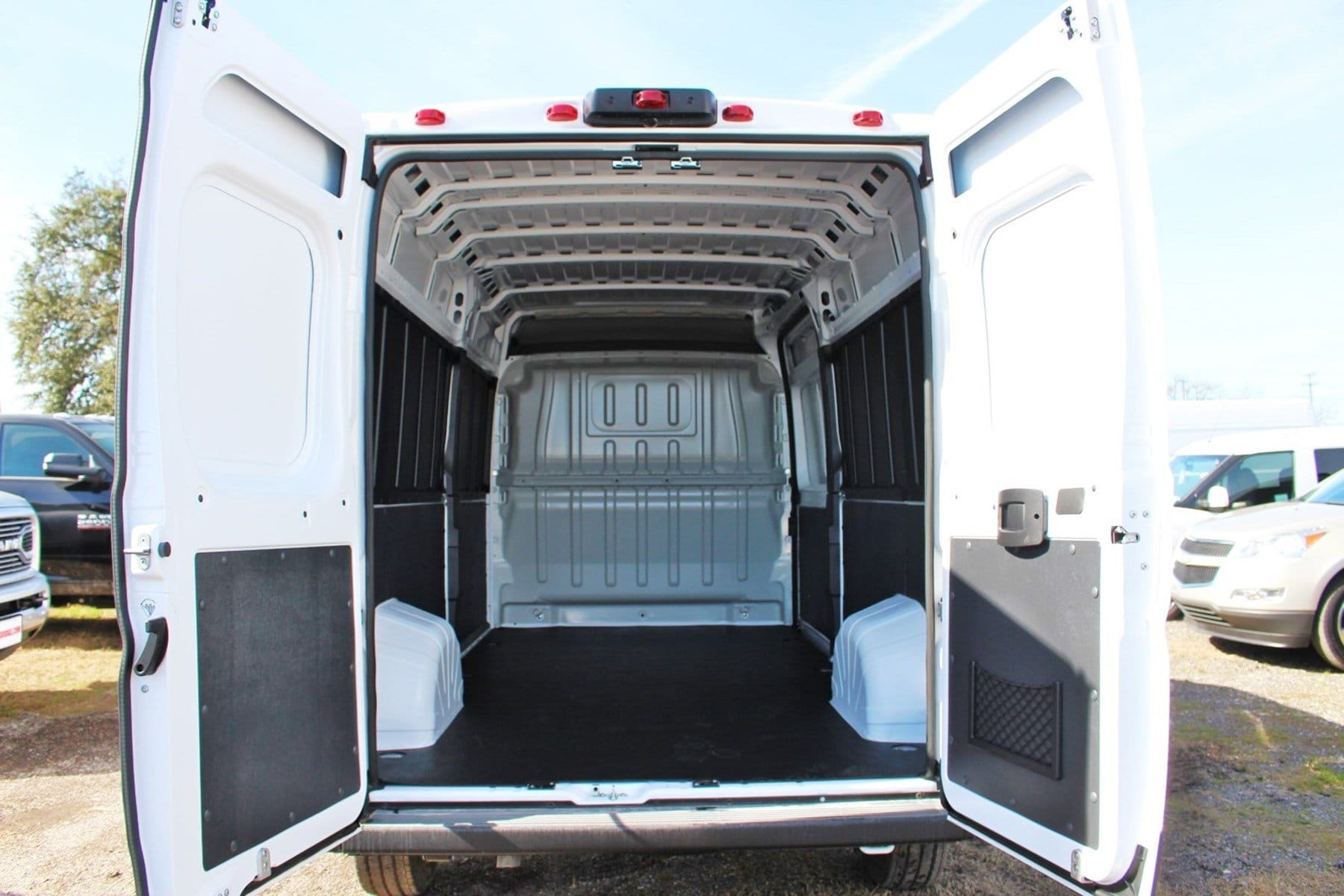 2019 ProMaster 2500 High Roof FWD,  Empty Cargo Van #SE509981 - photo 2