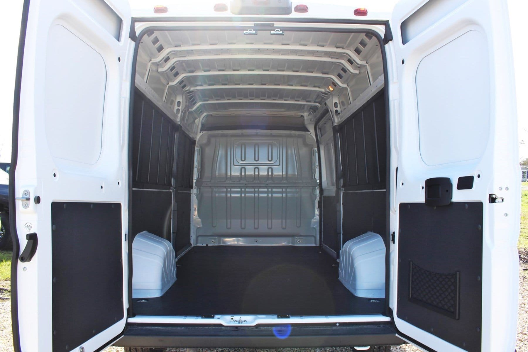 2019 ProMaster 2500 High Roof FWD,  Empty Cargo Van #SE509983 - photo 2