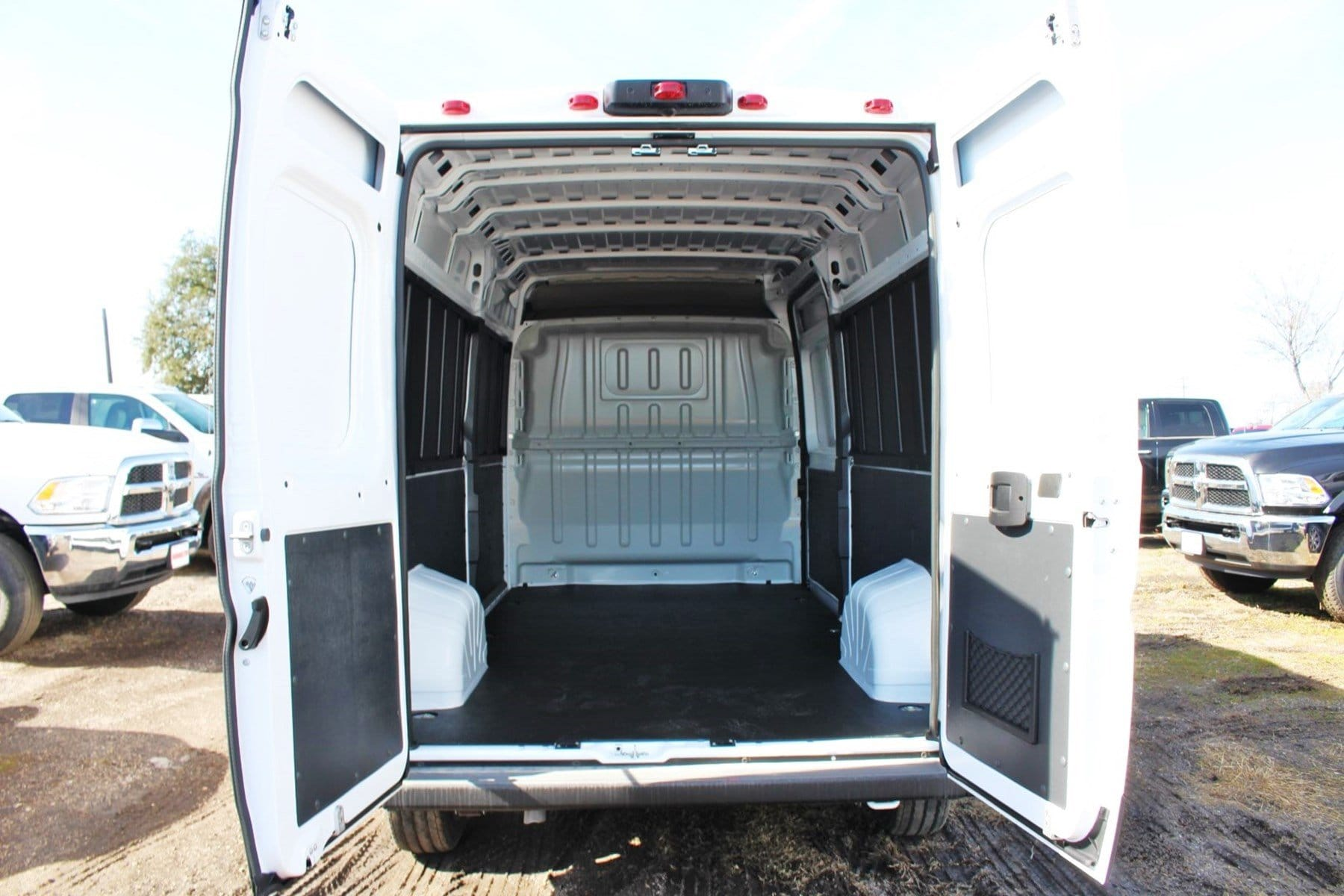 2019 ProMaster 2500 High Roof FWD,  Empty Cargo Van #SE509985 - photo 2