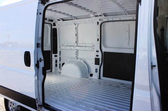 2017 ProMaster 1500 Low Roof Cargo Van #SE549966 - photo 13