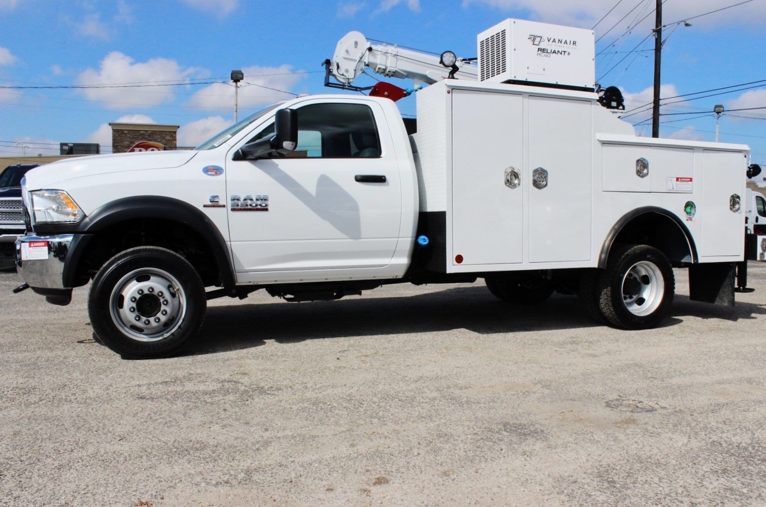 2018 Ram 5500 Regular Cab DRW 4x4 Service Body #TG102978 - photo 5
