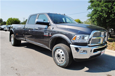 2018 Ram 3500 Crew Cab DRW 4x4 Pickup #TG103477 - photo 5