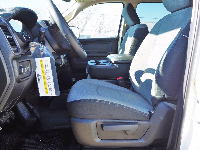 2020 Ram 5500 Crew Cab DRW 4x4, CM Truck Beds SK Model Flatbed #TG105246 - photo 9