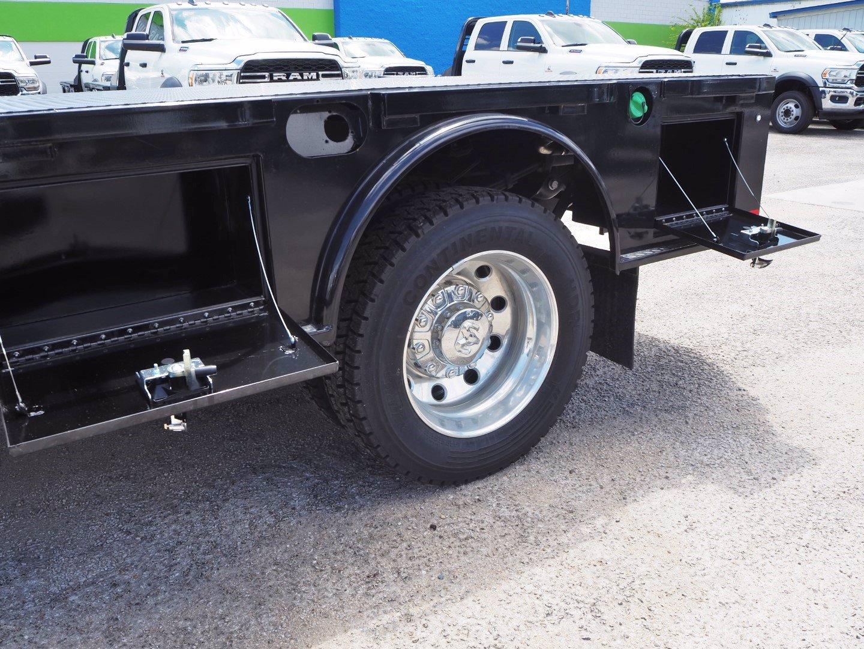 2020 Ram 5500 Crew Cab DRW 4x4, CM Truck Beds SK Model Flatbed #TG105246 - photo 17