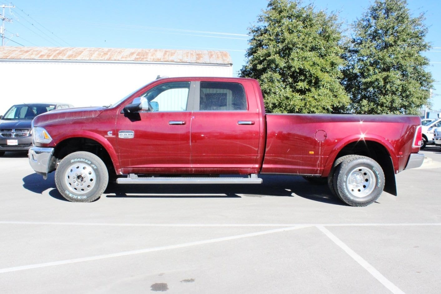 2018 Ram 3500 Crew Cab DRW 4x4 Pickup #TG111464 - photo 3