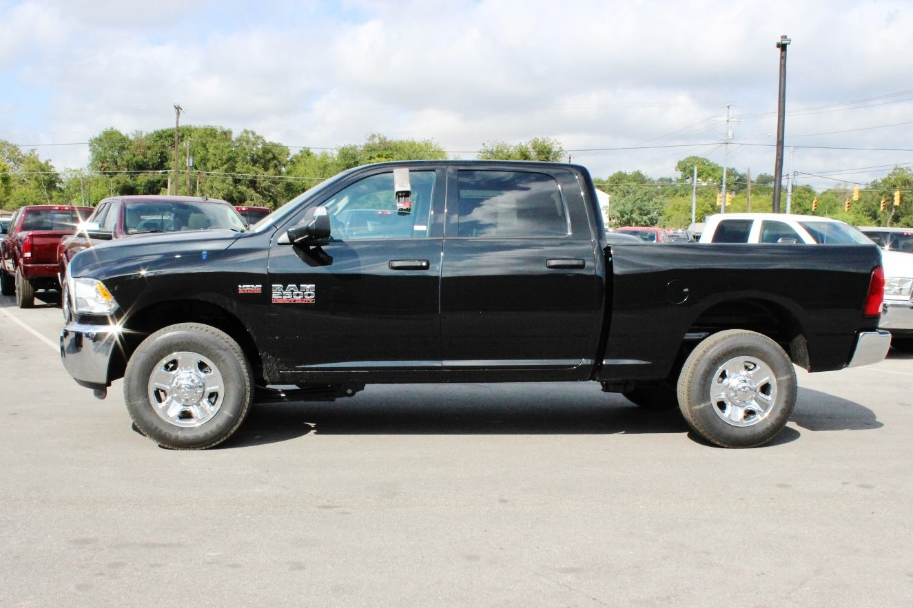 2018 Ram 2500 Crew Cab, Pickup #TG119485 - photo 4