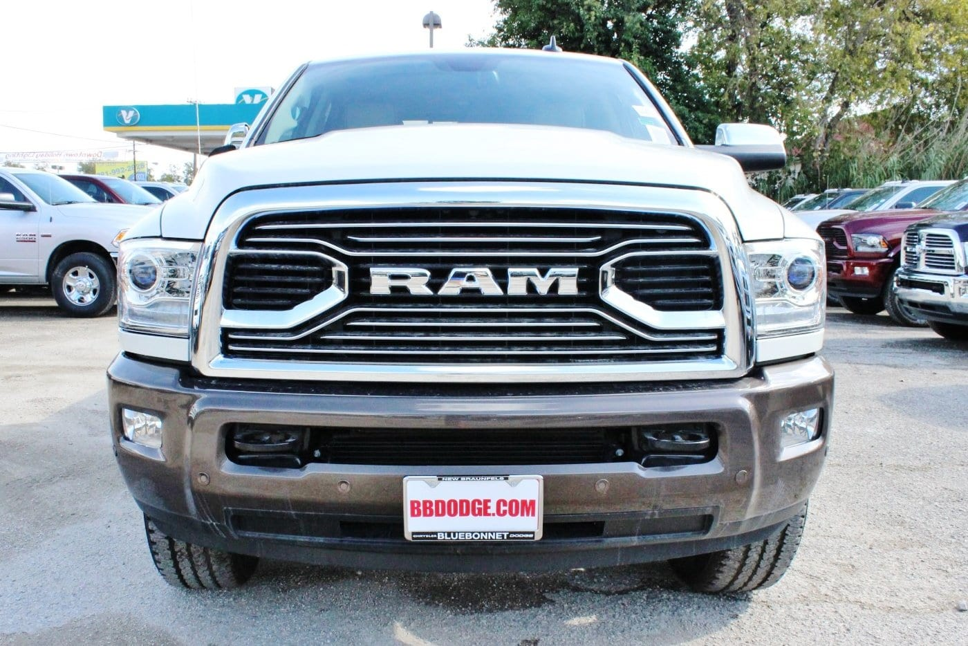 2018 Ram 2500 Crew Cab 4x4 Pickup #TG121889 - photo 5