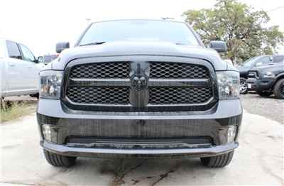 2018 Ram 1500 Crew Cab 4x4, Pickup #TG123338 - photo 4