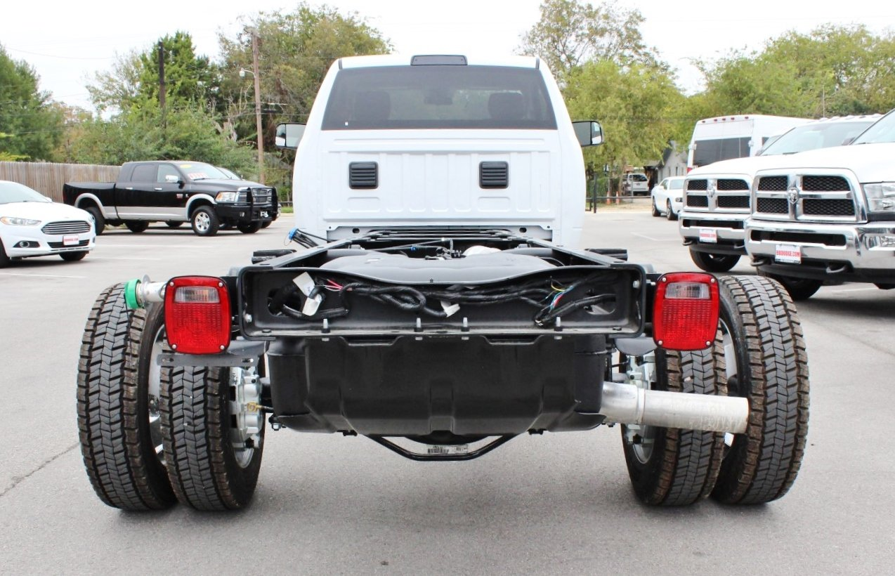 2018 Ram 5500 Regular Cab DRW Cab Chassis #TG128757 - photo 2