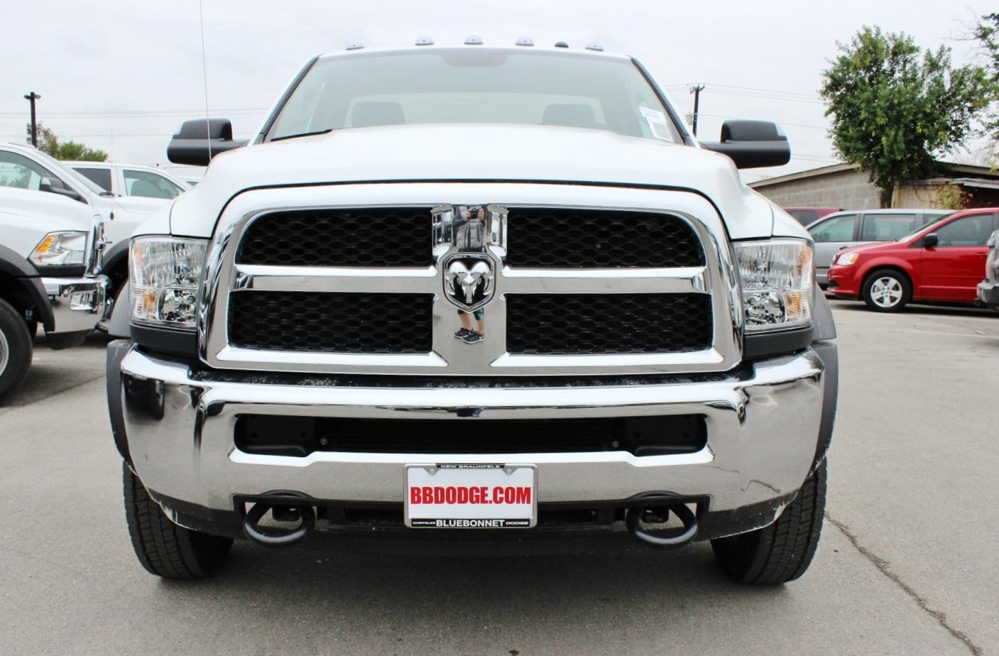 2018 Ram 5500 Regular Cab DRW Cab Chassis #TG128757 - photo 5