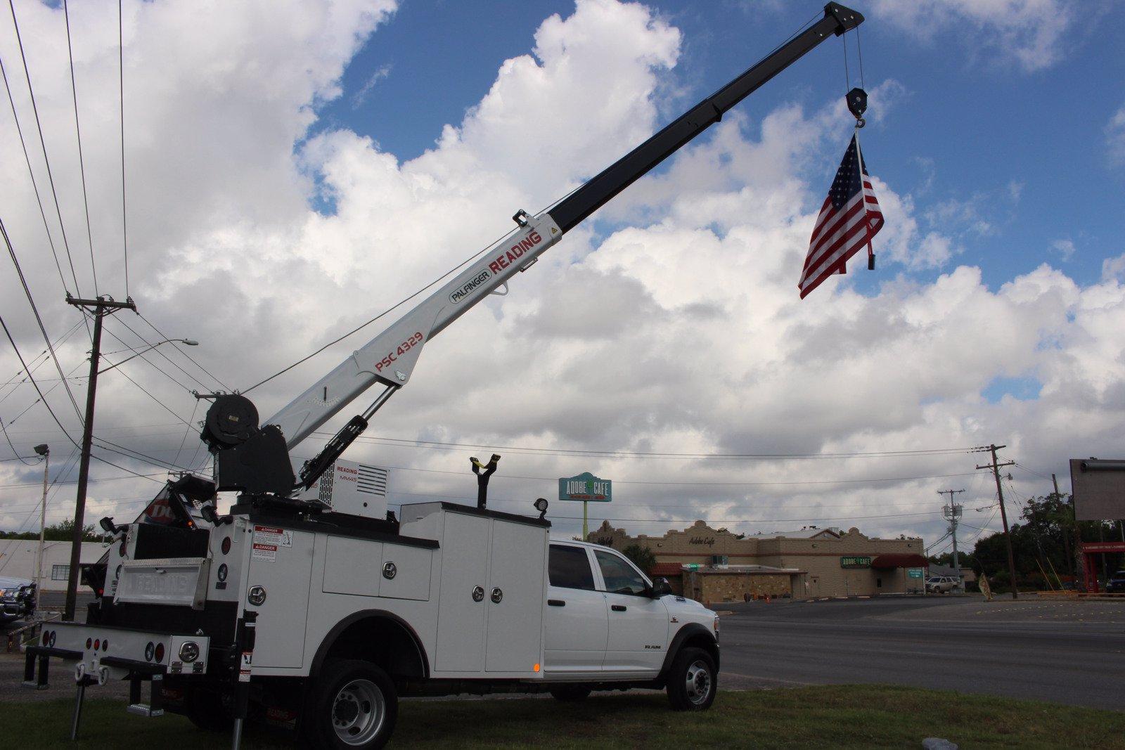 2020 Ram 5500 Crew Cab DRW 4x4, Reading Master Mechanic HD Crane Service Body #TG130027 - photo 12
