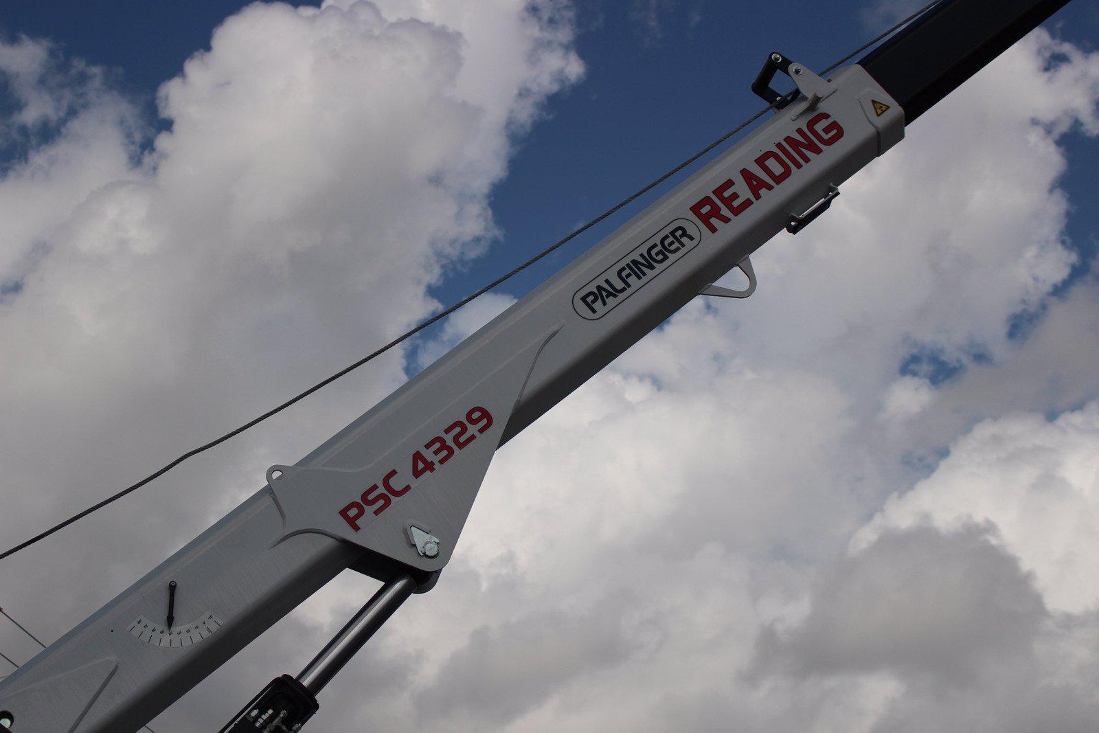 2020 Ram 5500 Crew Cab DRW 4x4, Reading Master Mechanic HD Crane Service Body #TG130027 - photo 15