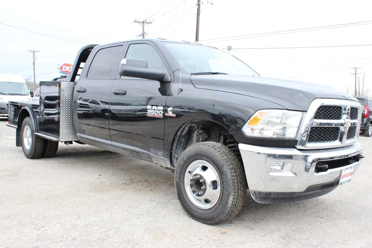 2018 Ram 3500 Crew Cab DRW 4x4 Flatbed #TG134245 - photo 6