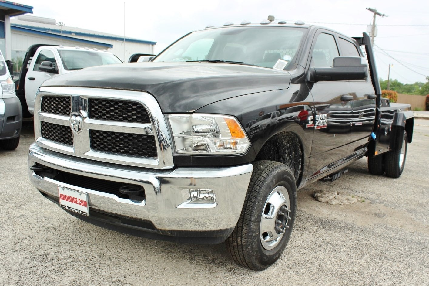 2018 Ram 3500 Crew Cab DRW 4x4,  Flatbed #TG134247 - photo 3