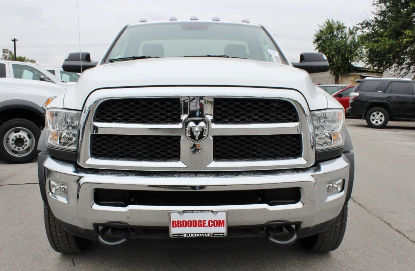 2018 Ram 5500 Regular Cab DRW 4x4 Cab Chassis #TG137365 - photo 4