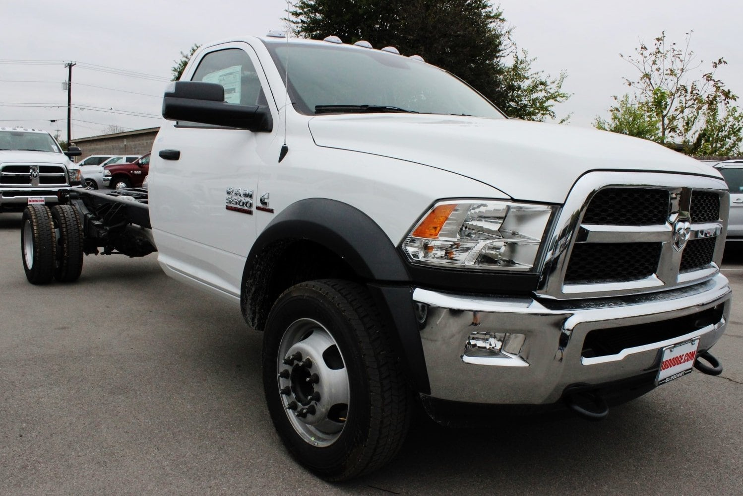 2018 Ram 5500 Regular Cab DRW 4x4 Cab Chassis #TG137365 - photo 5