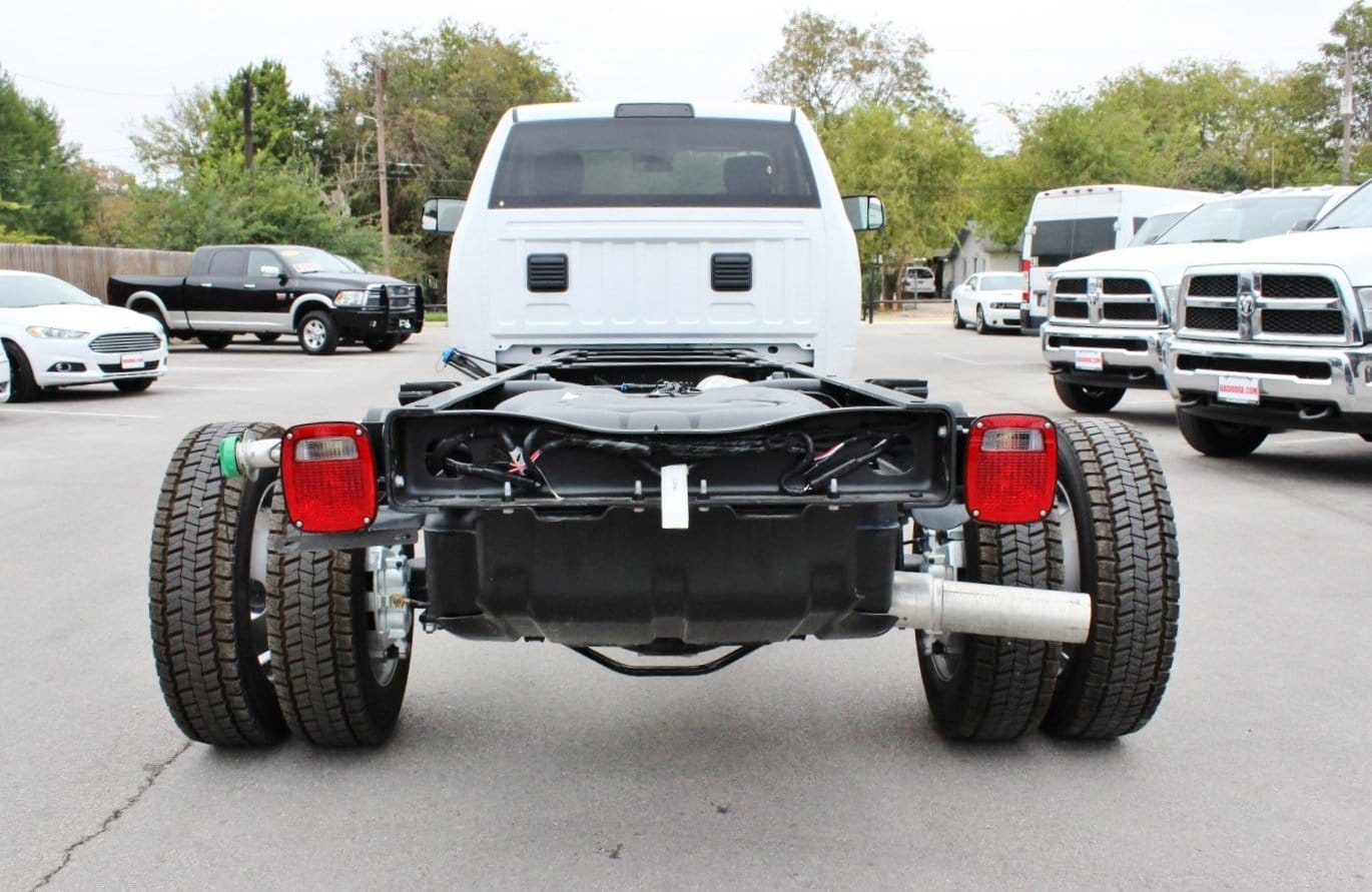 2018 Ram 5500 Regular Cab DRW Cab Chassis #TG137417 - photo 12