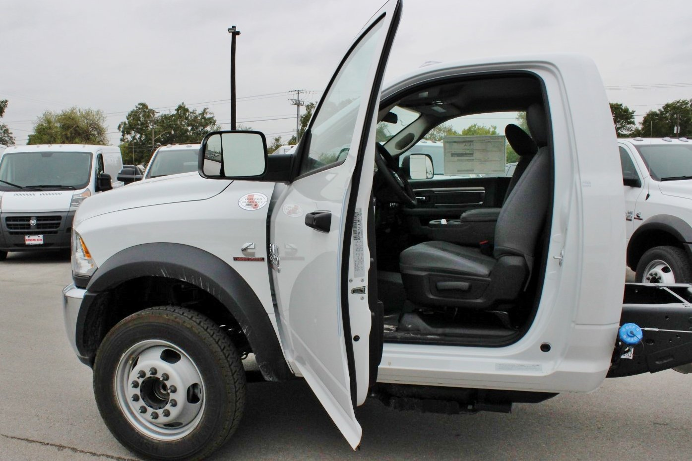 2018 Ram 5500 Regular Cab DRW Cab Chassis #TG137417 - photo 13