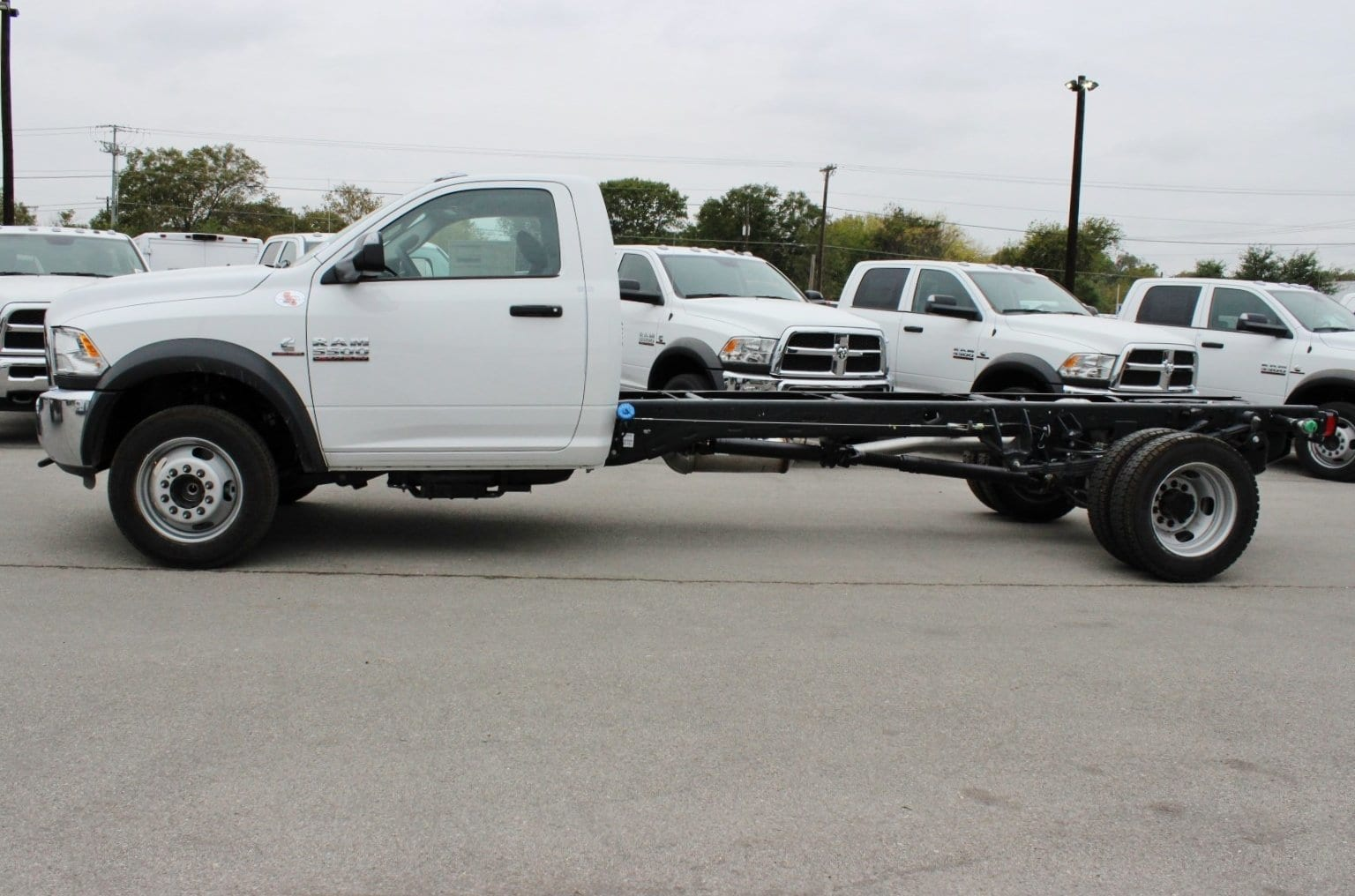 2018 Ram 5500 Regular Cab DRW Cab Chassis #TG137417 - photo 4